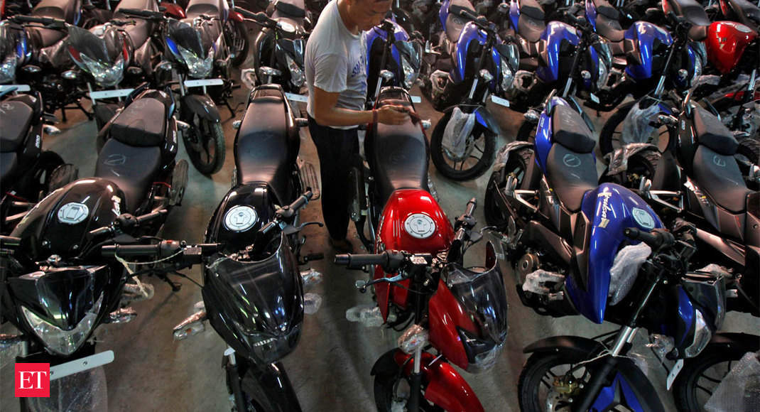 Covid-19: Unions fail to convince Bajaj Auto to shut unit