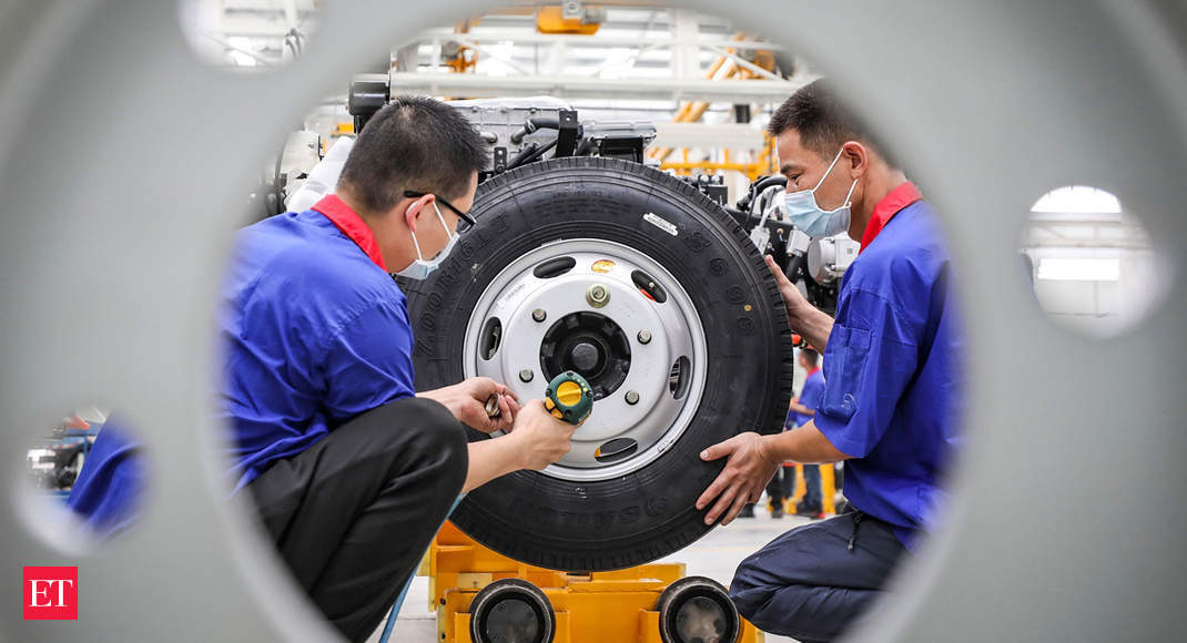 China auto sales off 22.4% in first half of 2020