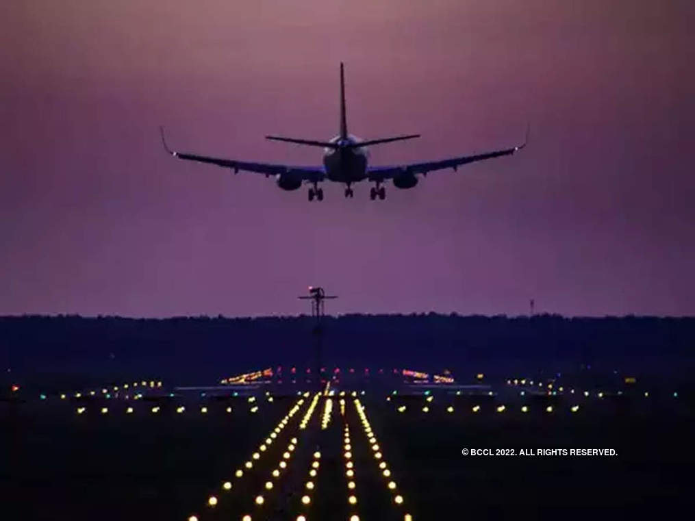 Aviation regulator's check throws up SpiceJet, IndiGo violations