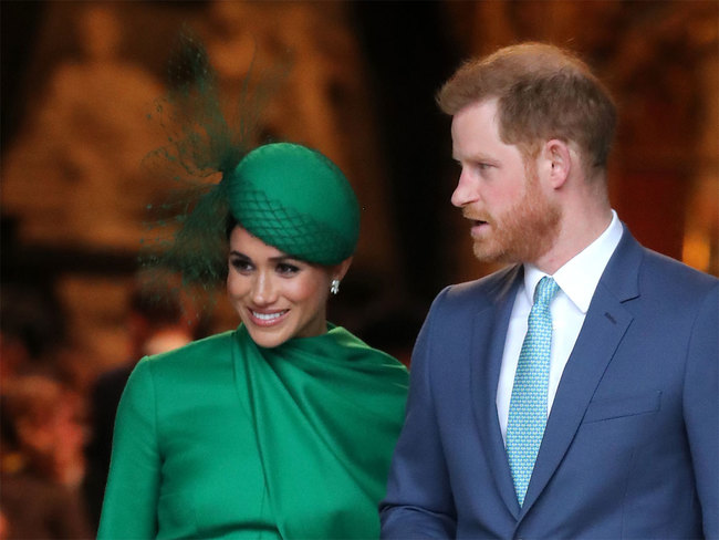 Meghan Markle Prince Harry Sun Sand And The Sea Prince Harry And Meghan Move To Home In Santa Barbara,How Long Should Your Curtains Be