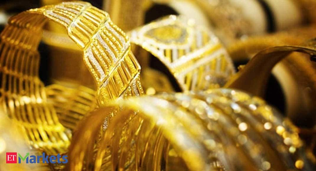 Gold at Rs 65,000 by Diwali? Key ratio signals a slowdown in silver