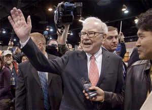 Buffett praises Jain; adds to Indian-origin successor rumour