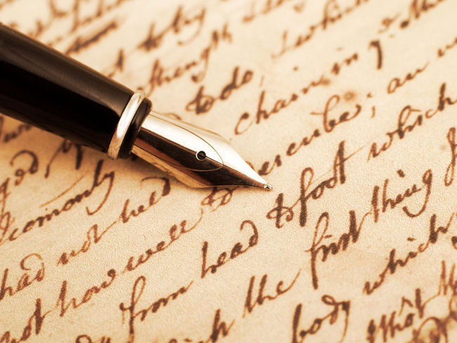 author andy hamilton: Man puts the hand back into writing, jots a 349-page  novel with a calligraphy pen - The Economic Times