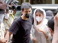 Mumbai sessions court to announce verdict on Rhea & Showik's bail plea today