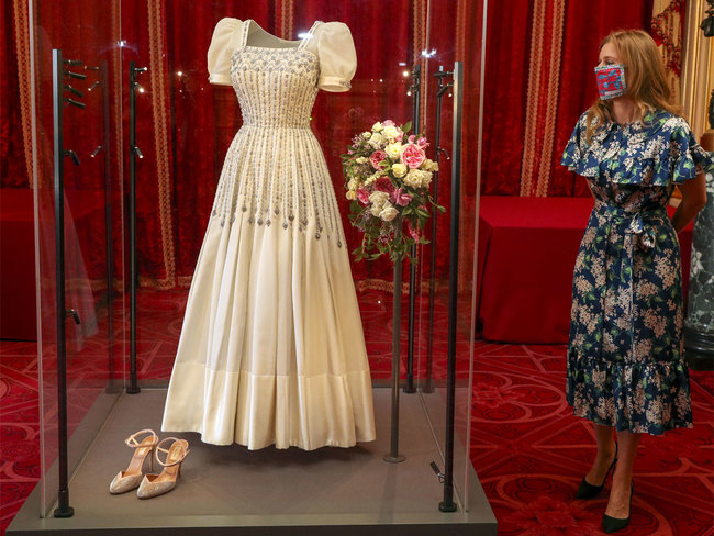 Princess Beatrice sees display of wedding dress, memorabilia at Windsor Castle