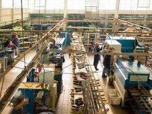 Govt mulls China-like mega manufacturing hubs