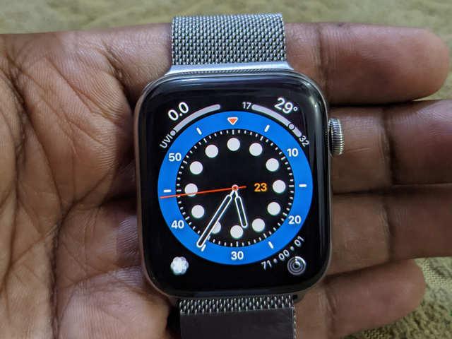 Apple Watch Series 6 review: Best health-focused smartwatch!
