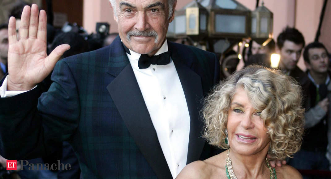 When Sean Connery, wife Micheline Roquebrune spent their Valentine's Day visiting Taj Mahal in 2007