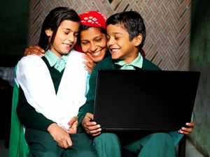 Amazon India delivers smiles by facilitating online education for students