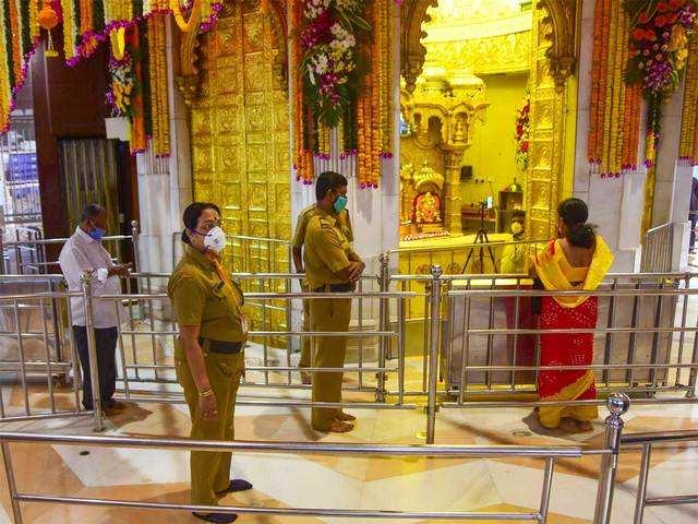 అక్టోబర్ 7వ తేదీ నుండి షిర్డీలో దర్శనం