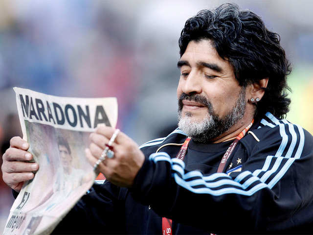 Diego Maradona A Passionate And Outrageous Footballer Dies At 60 Diego Maradona Passes Away The Economic Times
