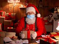Ho, ho - Whoa! Face shields, plexiglass protection: Santa will meet you this X'mas - from a distance