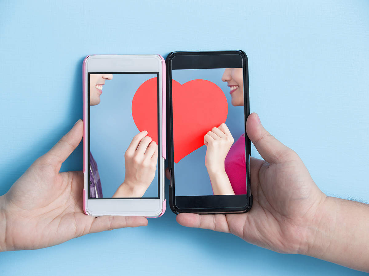 Indian dating apps, services see surge of paying users in small cities -  The Economic Times