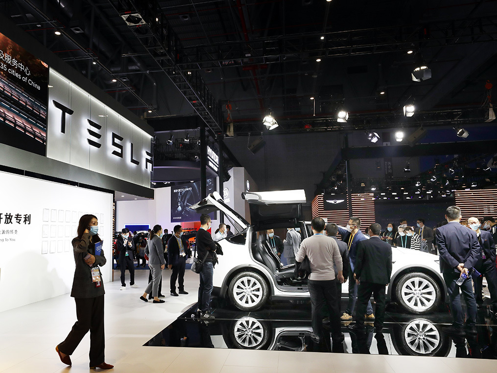Tesla powers on as rival electric-vehicle makers scramble to compete in China