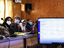 India is betting on glitchy software to inoculate 300 million people by August