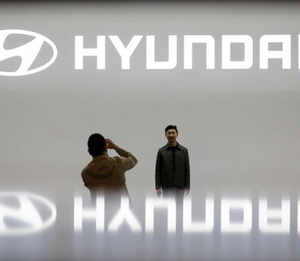 Hyundai bought chips when rivals didn't; its assembly lines are still rolling