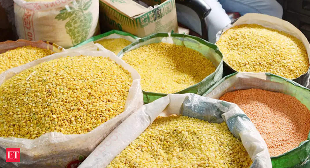 Mobile app improves price data collection of essential commodities: Govt - Economic Times