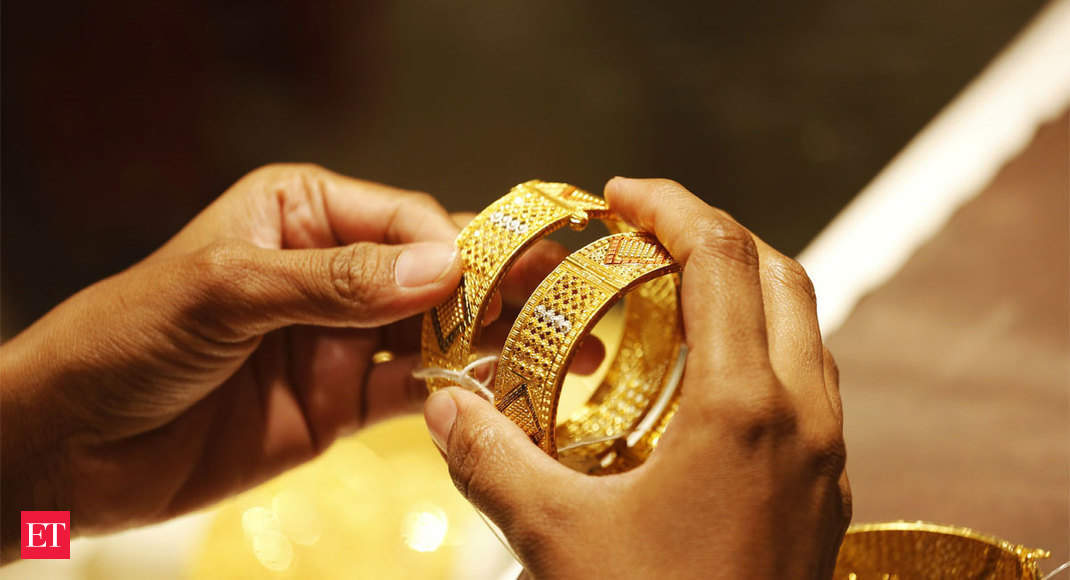 Jewellery demand picks up as gold prices witness a fall