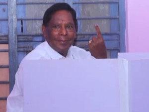 Puducherry polls 2021: Former CM V Narayanasamy casts his vote