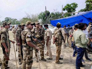 Voting stopped in Cooch Behar polling booth after 4 killed in CISF firing