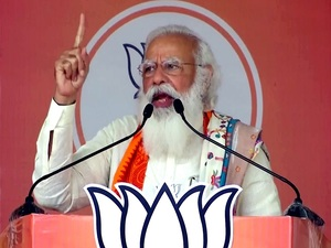 Mamata 'clean bowled', her entire team asked to leave field: PM Modi