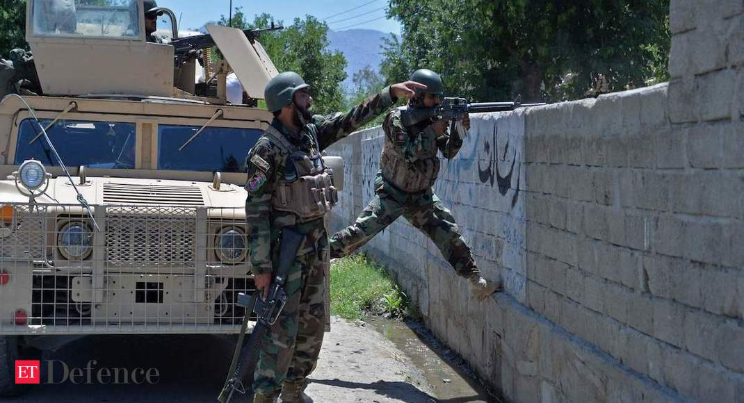 Afghan forces, Taliban clash near capital