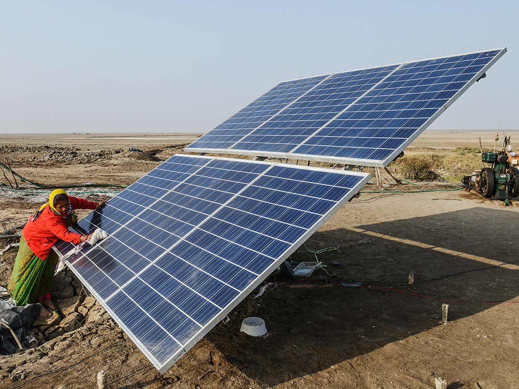 As winning solar bids get the axe in UP, the lure of lower tariff clouds India's green-energy dream