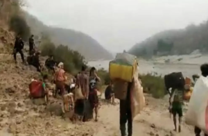 Amid Military-Chin state forces clashes: 500 cross over from Myanmar to Mizoram
