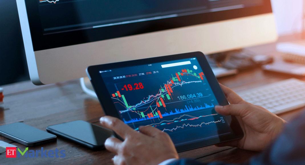 Shares of Chola Inv Finance rise as Nifty gains thumbnail