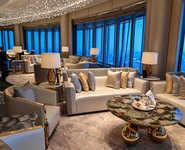 Shanghai opens world's highest luxurious hotel