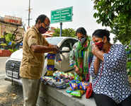 India's first woman para shooter forced to sell biscuits