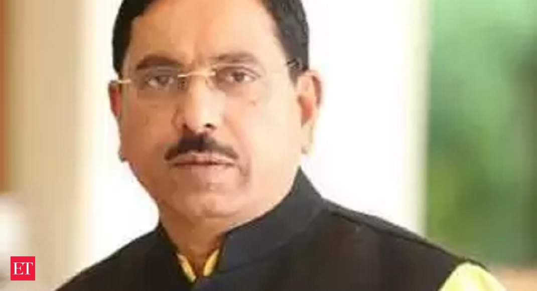 Union Minister Pralhad Joshi says party leadership has not spoken to him about succeeding Yediyurappa