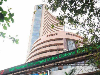 Sensex ends in red despite superb recovery; Airtel leaps 5%, DRL down 3%