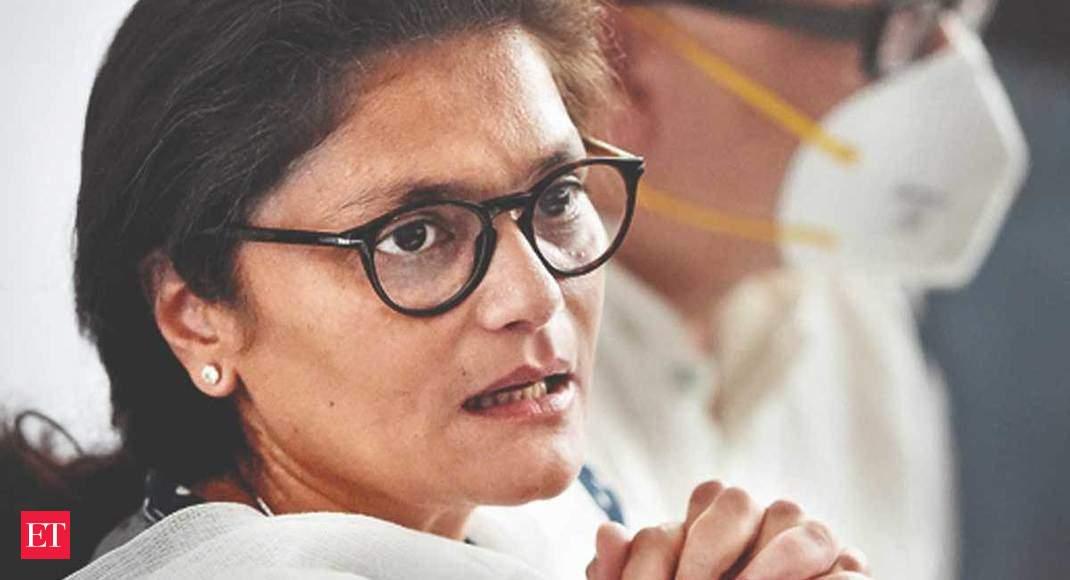 Sushmita Dev: Sonia Gandhi loyalist to Mamata Banerjee fan in matter of hours