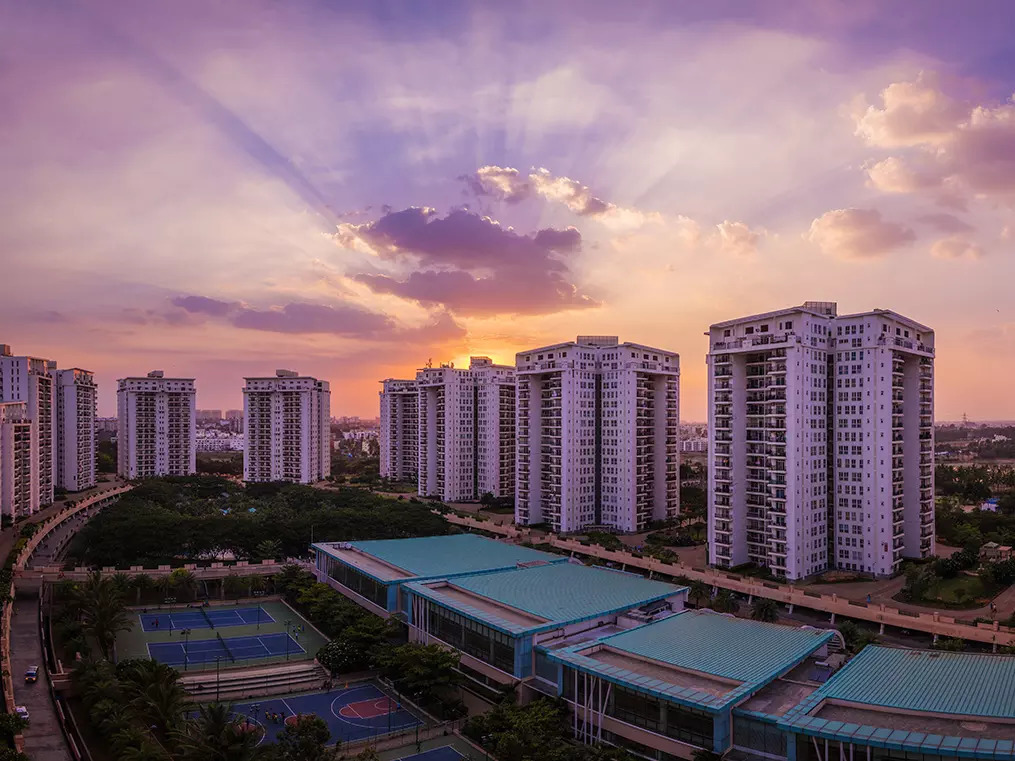 Low inventory, better returns, undervalued shares: Should you home in on southern realty stocks?