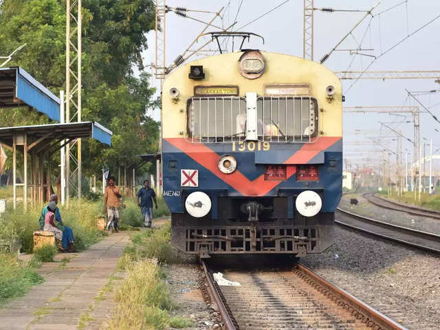 Organisation that floated tender for hydrogen trains shuts shop; Railway says no effect on bids