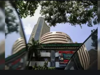 Sensex ends 127 pts lower, Nifty above 17,350; RIL slips 2%