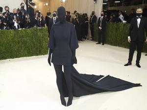 Kim Kardashian's all-body-clinger much more radical than 'Tax the Rich' gown
