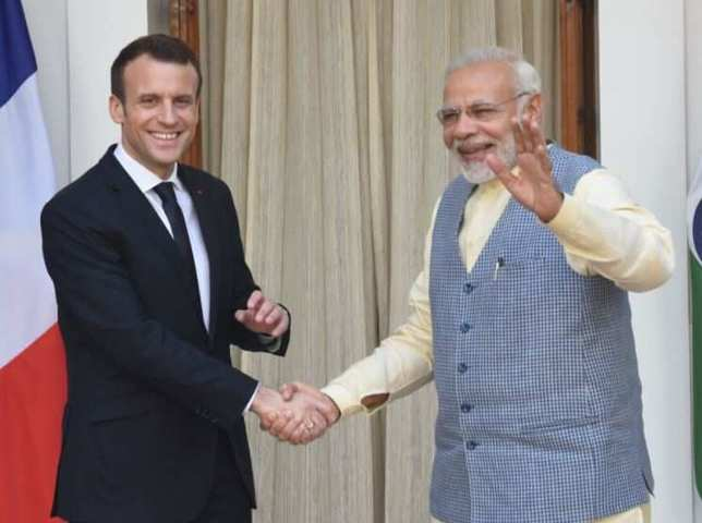 Macron and Modi vow to 'act jointly' after submarines dispute