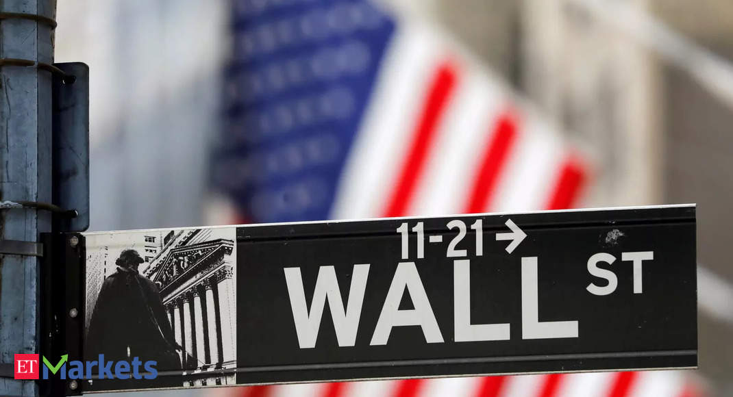 Wall Street opens higher as Evergrande concerns ease; Fed in focus thumbnail