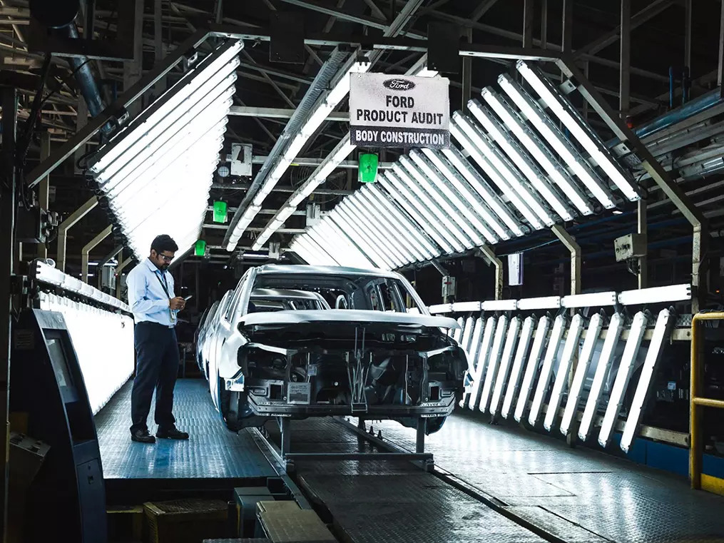 After promises of new models and long haul, Ford's exit shocker puts dealers, staff in a blind spot
