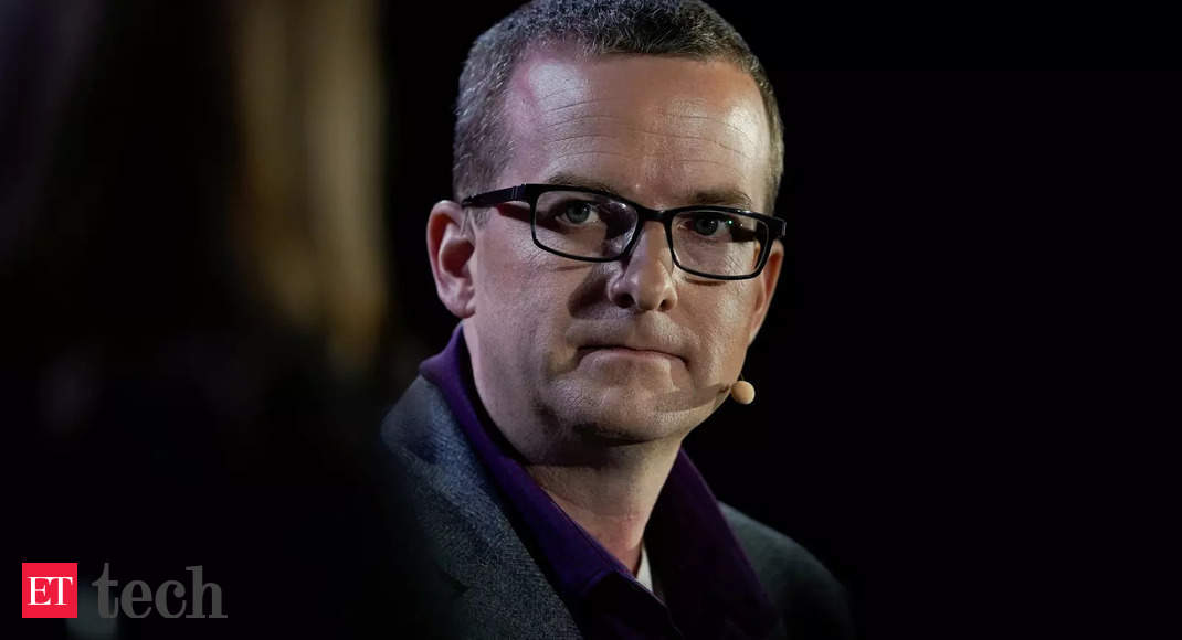 Facebook CTO Mike Schroepfer resigns, Andrew Bosworth to replace him