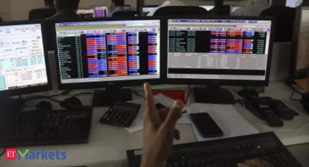 Market update: Sensex inches towards Mount 60K, Nifty nears 17,800 thumbnail