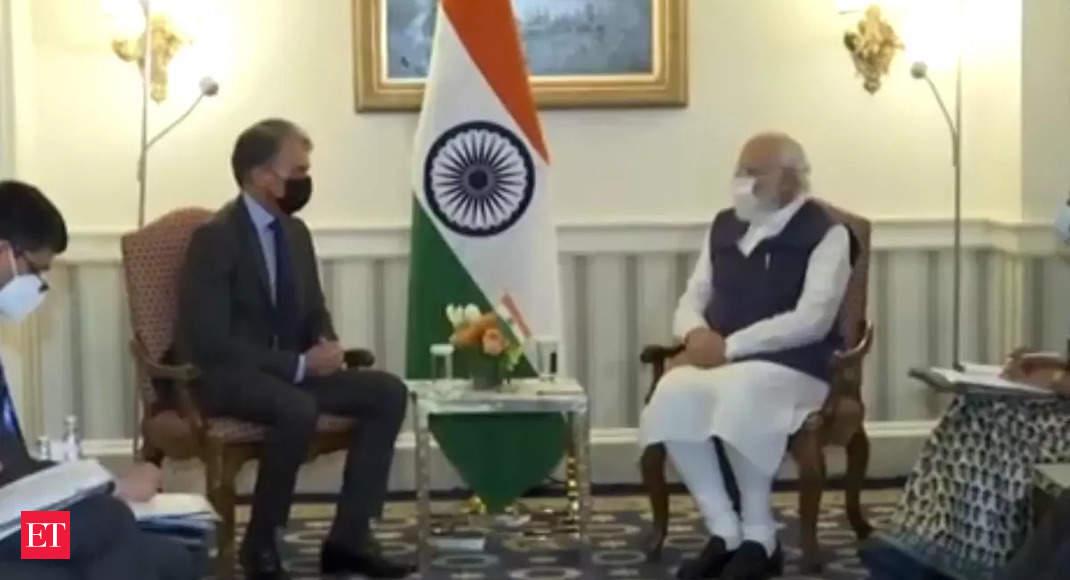 PM Modi meets First Solar CEO, Mark R Widmar in Washington DC thumbnail