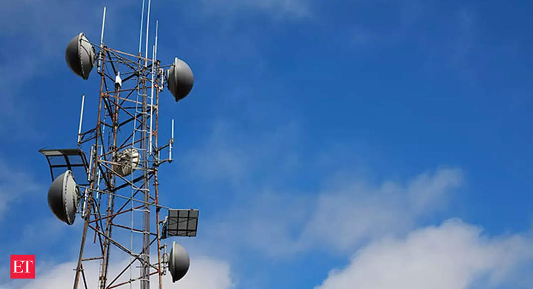Telecom department cuts interest rate on delayed licence fee payments thumbnail