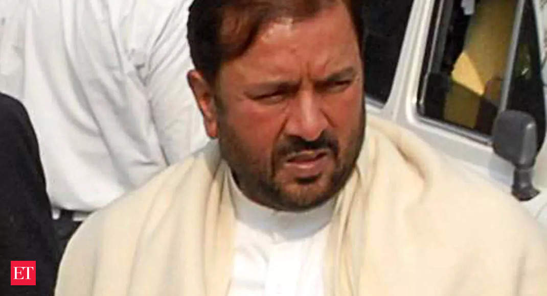 UP polls 2022: Ex-MLA calls for BJP's ouster from UP for insulting Gujjars over statue row thumbnail