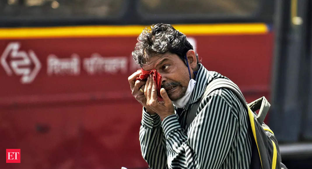 India houses half of all people vulnerable to life-threatening heat thumbnail