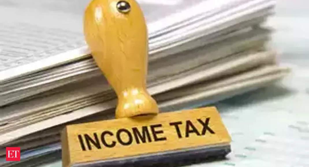 Income tax department raids premises of serving Maharashtra minister thumbnail