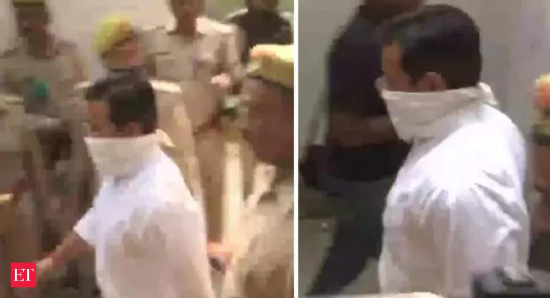 Lakhimpur incident: Ashish Mishra, son of MoS Home Ajay Mishra Teni, arrives at Crime Branch office thumbnail