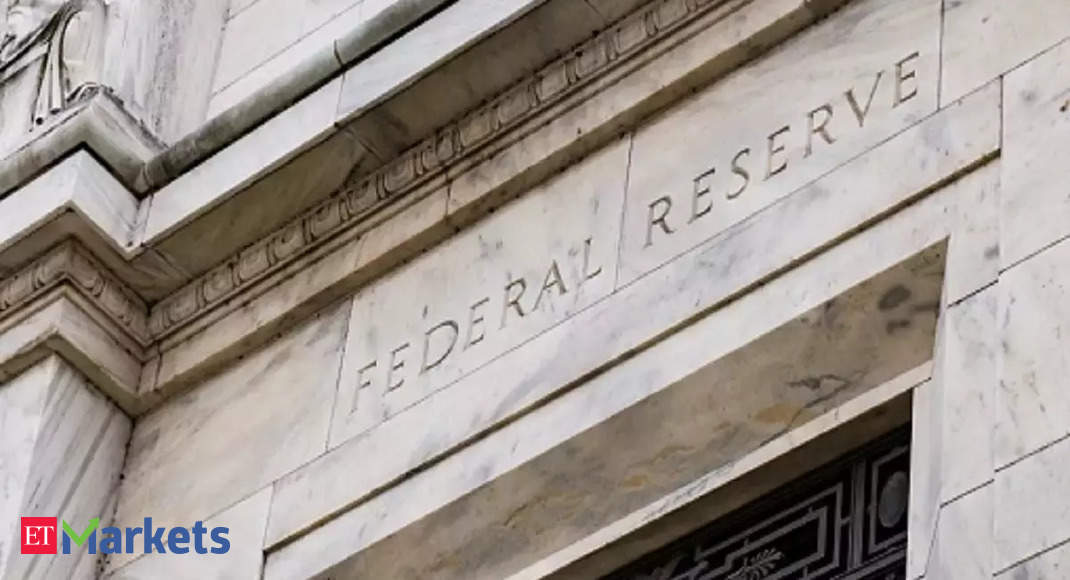Fed officials saw taper starting in mid-November or mid-December
